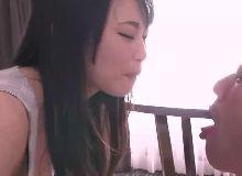 Baixar videos porno com linda chinesa peituda pelada em sexo