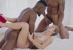 Xvideos gratis dois negros come a feminista