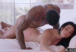 Xvideos.com.br mulher novinha adora a rola preta