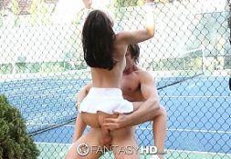 Macho come novinha jogadora de tenis do eporner